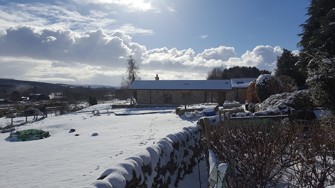 Self catering stone cottage accommodation for 2 people. Very spacious comfortable cottage, one bedroom, one bathroom, open plan living area with kitchen and dining space. Hexham Cotbridge Hadrian's Wall country North East England UK
